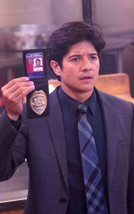 Gibt bei den Ermittlungen alles: Lee (Jon Foo) ... - Bildquelle: Warner Brothers