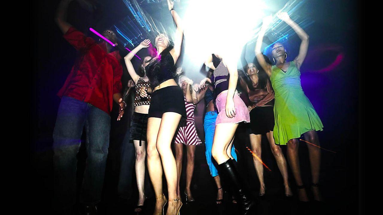 Party-BrandXPictures - Bildquelle: BrandXPictures