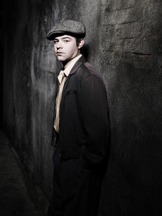 KGB-Agent Yaevgeny Tsipin (Rory Cochrane) ist ein ehemaliger Kommilitone von Jack und leo. Während ihrer Studienzeit waren sie ein schier unzertren...