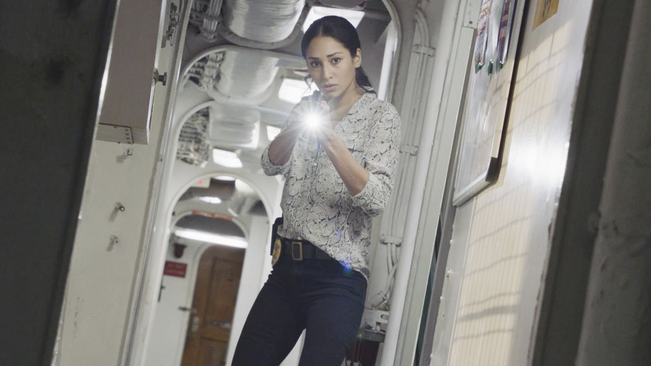 Tani Rey (Meaghan Rath) - Bildquelle: 2020 CBS Broadcasting Inc. All Rights Reserved.