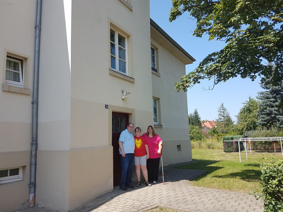 Familie Schöne - Bildquelle: SAT.1
