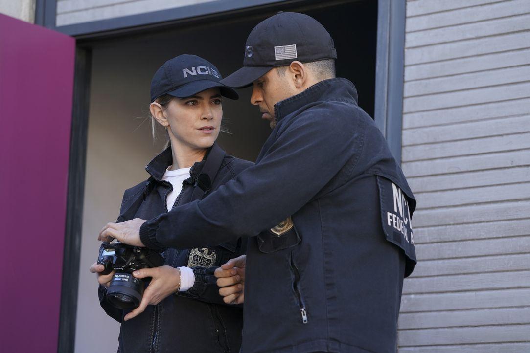 Ellie Bishop (Emily Wickersham, l.); Nick Torres (Wilmer Valderrama, r.) - Bildquelle: Brandon Hickman 2020 CBS Broadcasting, Inc. All Rights Reserved. / Brandon Hickman