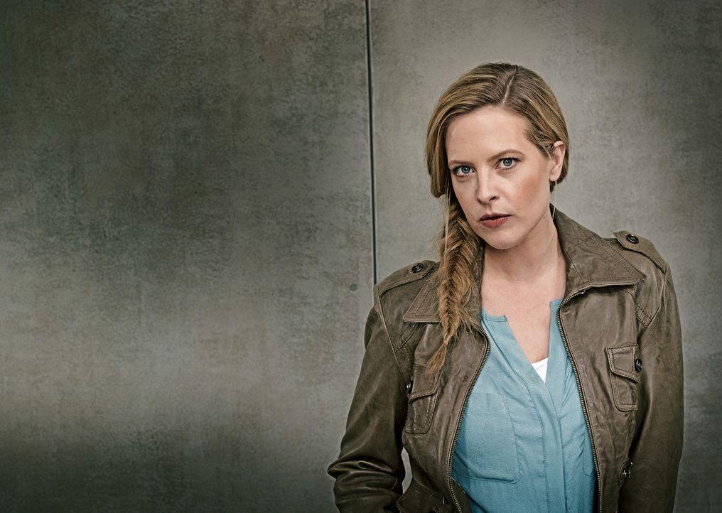 Eine Kriminalkommissarin der besonderen Art: Josephine Klick (Diana Amft) ... - Bildquelle: Günther Philipp SAT.1