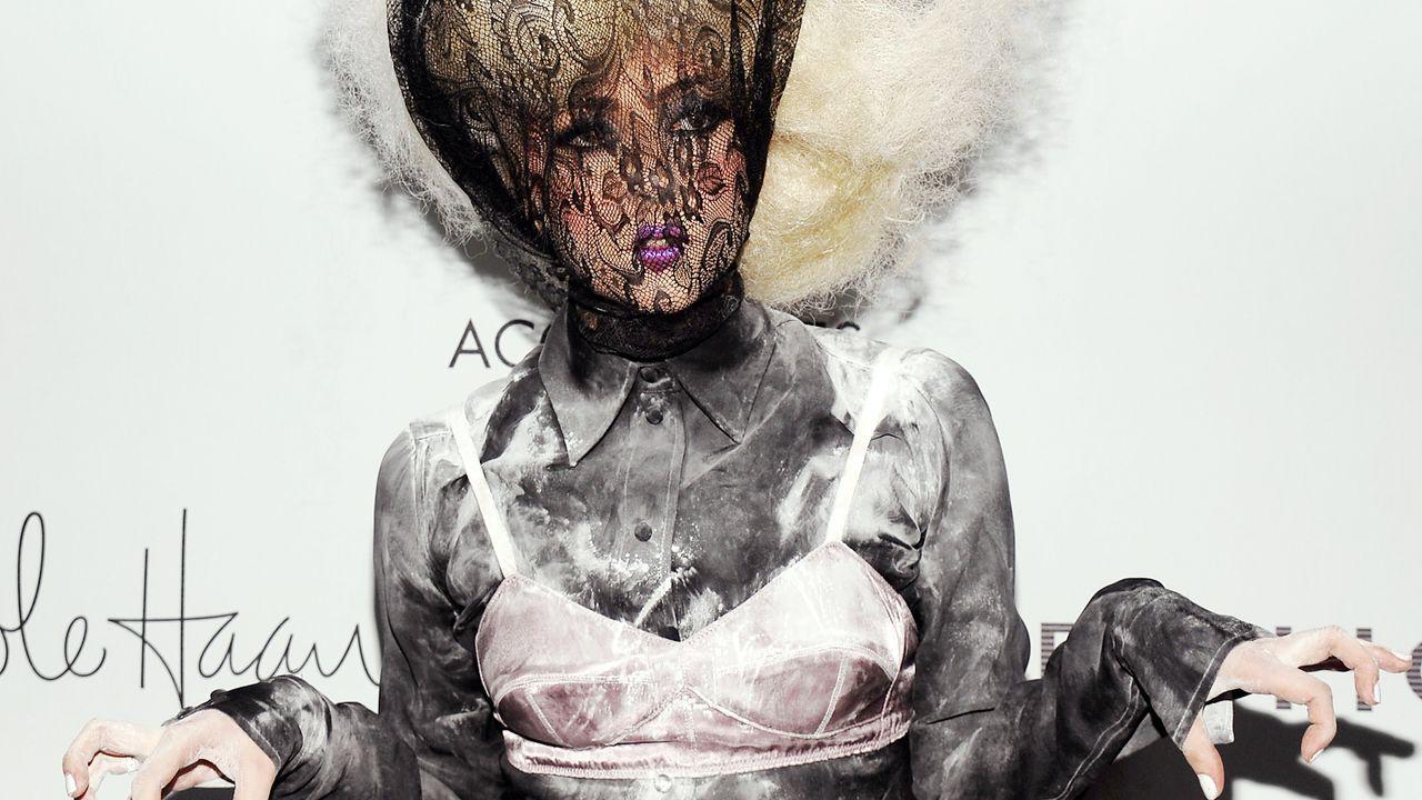 Lady-Gaga-09-11-02-krallen-getty-AFP - Bildquelle: AFP