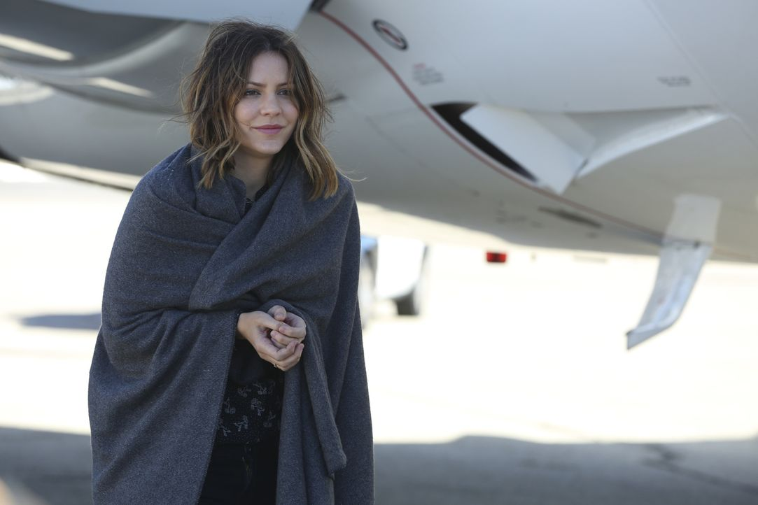 Bei Paige (Katharine McPhee) werden Muttergefühle geweckt, als Team Scorpion einen Jungen retten muss ... - Bildquelle: Michael Yarish 2018 CBS Broadcasting, Inc. All Rights Reserved.