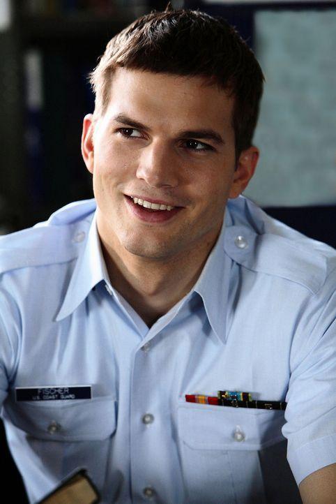 """Wird am härtesten von Ben in die Mangel genommen: der hochbegabte Jake Fischer (Ashton Kutcher), genannt """"Fisch"""" ... - Bildquelle: Ben Glass Touchstone Pictures. All rights reserved"""
