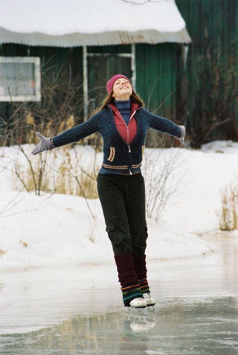 Hat nur einen Traum - sie will Eistänzerin werden: Casey (Michelle Trachtenberg) ... - Bildquelle: 2005 Disney Enterprises, Inc.