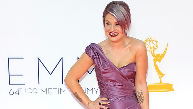 emmy-awards-Kelly-Osbourne-12-09-23-getty-AFP - Bildquelle: getty-AFP
