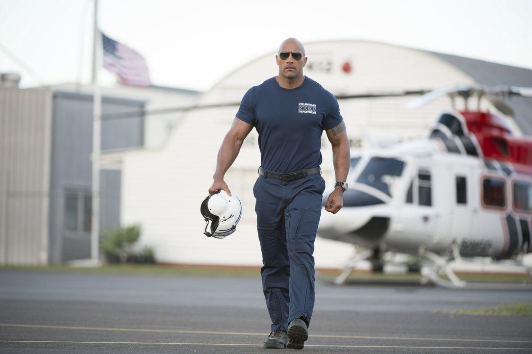 Wird es dem Rettungsflieger Raymond Gaines (Dwayne Johnson) gelingen, seine Exfrau und seine Tochter aus dem Katastrophengebiet mitten in Kalifornie... - Bildquelle: 2014 Warner Bros. Entertainment Inc.