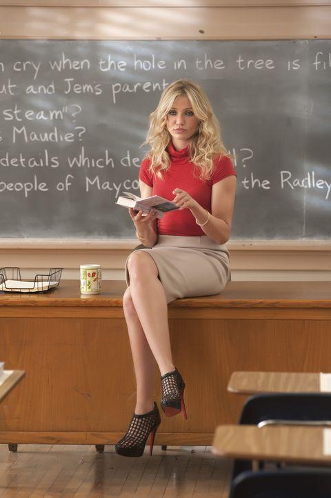 Elizabeth Halsey (Cameron Diaz) ist wohl das Musterbeispiel für eine ganz und gar inkompetente Pädagogin: Sie säuft wie ein Loch, kifft und hat s... - Bildquelle: 2011 Columbia Pictures Industries, Inc. All Rights Reserved.