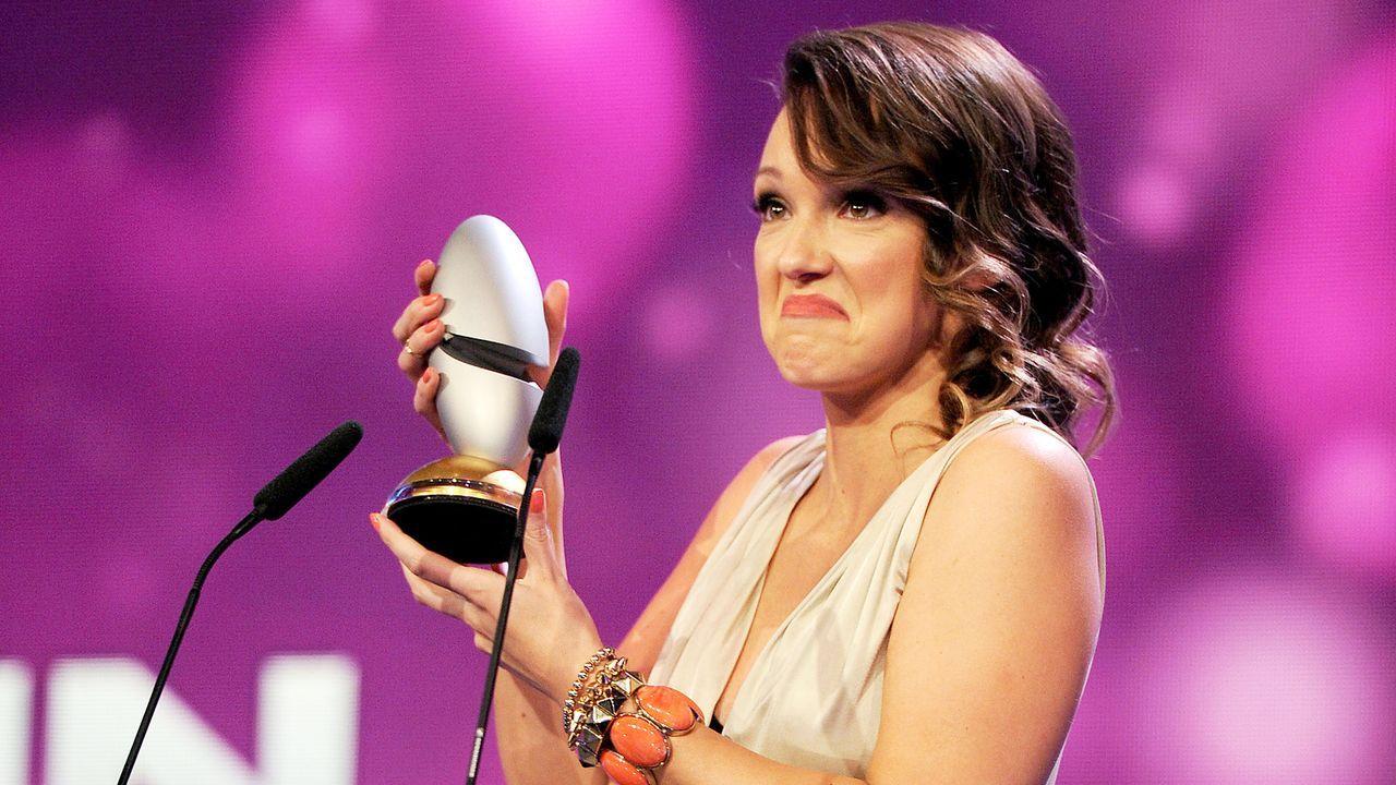 Comedypreis-2013-Carolin-Kebekus-13-10-15-dpa - Bildquelle: dpa picture alliance