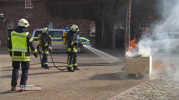 Auf Streife - Die Spezialisten - Auf Streife - Die Spezialisten - Feuer Im Mädcheninternat