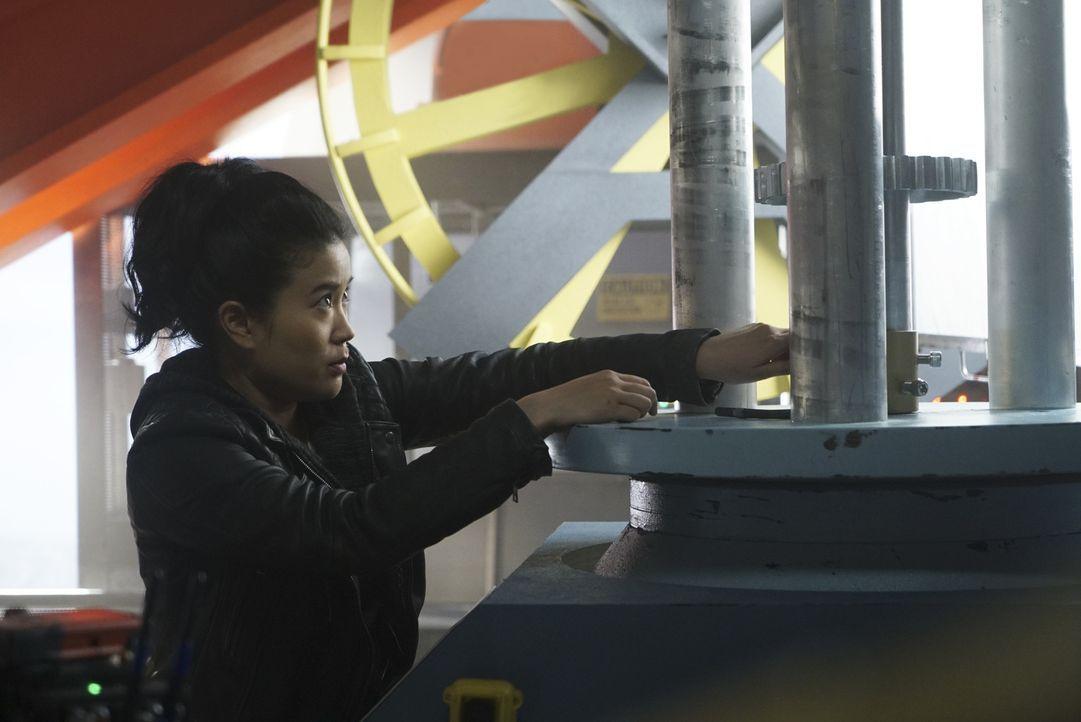 Noch ahnt Happy (Jadyn Wong) nicht, dass ihre einfach erscheinende Mission auf einer Windfarm schon bald gewaltig schiefgehen wird ... - Bildquelle: Monty Brinton 2017 CBS Broadcasting, Inc. All Rights Reserved.