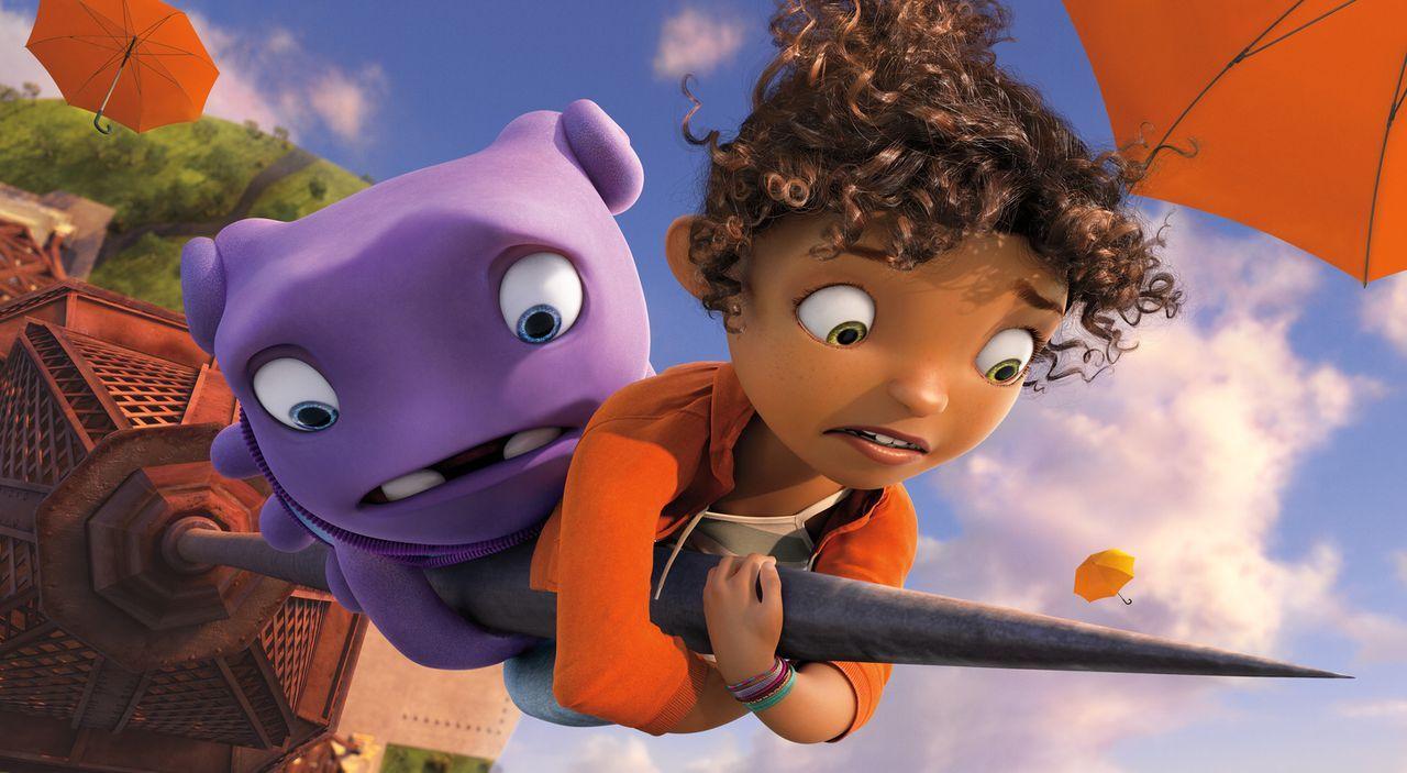 Captain Smek ist mit seinem Volk, den Boov, auf der Flucht vor ihren Erzfeinden, den Gork. So landen sie auf der Erde, wo sie sich nach der Umsiedlu... - Bildquelle: 2015 DreamWorks Animation, L.L.C.  All rights reserved.