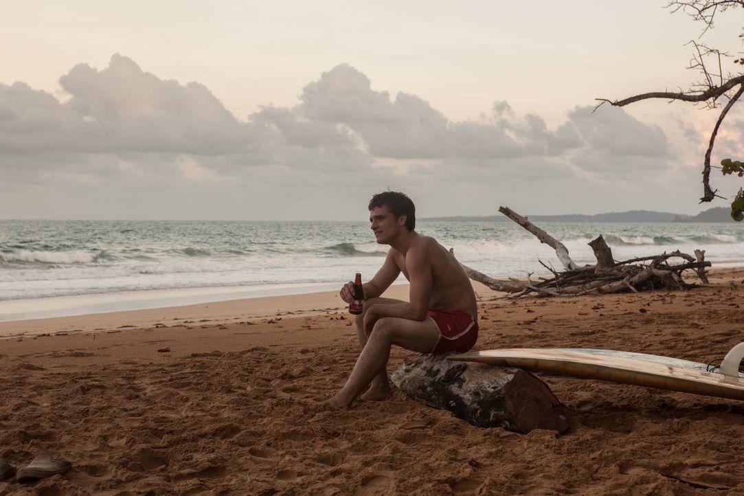 Er hofft auf ein schönes Leben am paradiesischen Strand Kolumbiens und landet schließlich in einer Welt voller Krieg, Drogen und skrupelloser Machen... - Bildquelle: 2014 CHAPTER 2 - NORSEAN PLUS - PARADISE LOST FILM A.I.E