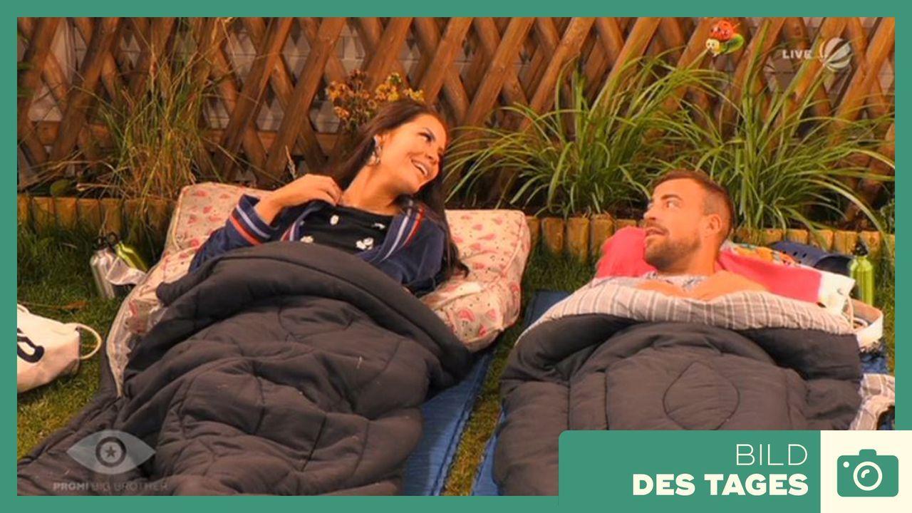 """""""Promi Big Brother"""" 2019: Flirt Janine und Tobi - Tag 1 - Bildquelle: SAT.1"""