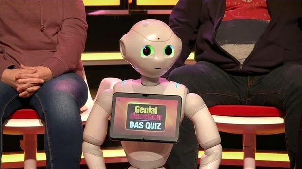 Genial Daneben - Das Quiz - Genial Daneben - Das Quiz - Verrückt: Kokosnüsse Und Ein Roboter Im Studio