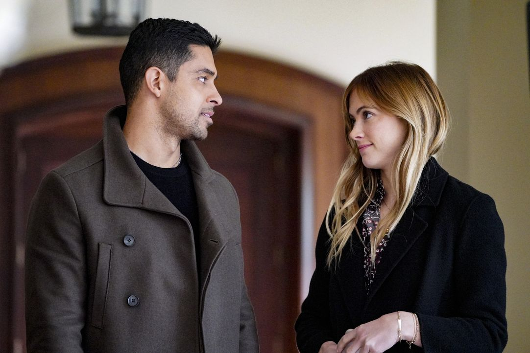 Nick Torres (Wilmer Valderrama, l.); Ellie Bishop (Emily Wickersham, r.) - Bildquelle: Bill Inoshita 2018 CBS Broadcasting, Inc. All Rights Reserved/Bill Inoshita