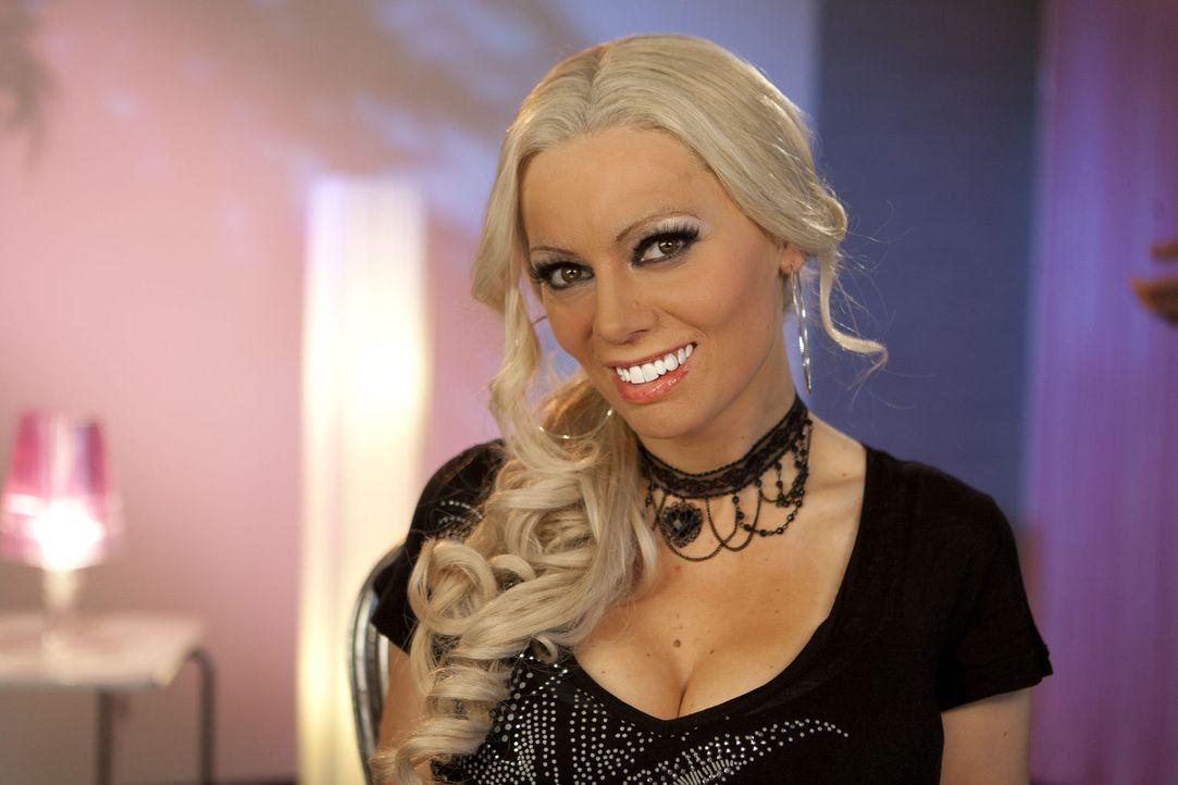 Die Kult-Blondine im deutschen TV: Daniela Katzenberger (Martina Hill) ... - Bildquelle: Kai Schulz ProSieben