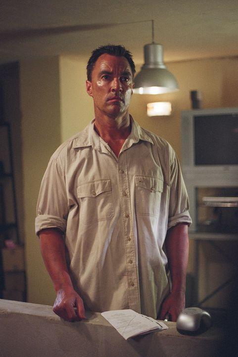 Was führt der Ex-CIA-Agent Nick Carlton (Todd Jensen) im Schilde? Es scheint, als hätte er die Seiten gewechselt ...