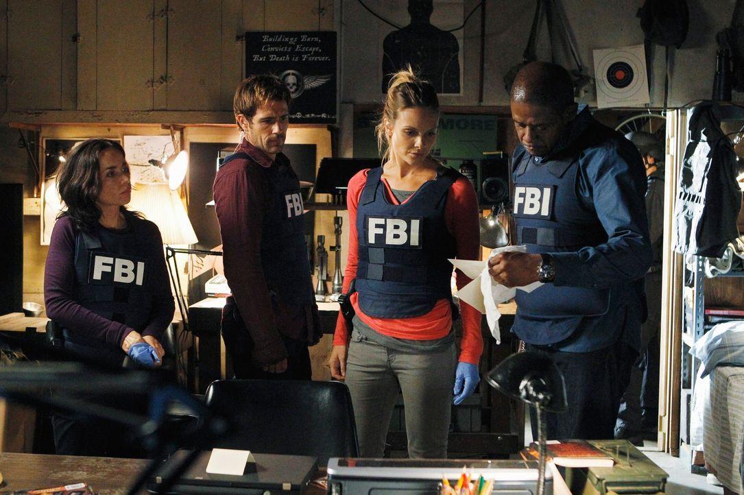 Ermitteln in einem neuen Fall: Beth (Janeane Garofalo, l.), Mick (Matt Ryan, 2.v.l.), Gina (Beau Garrett, 2.v.r.) und Sam (Forest Whitaker, r.) ... - Bildquelle: ABC Studios