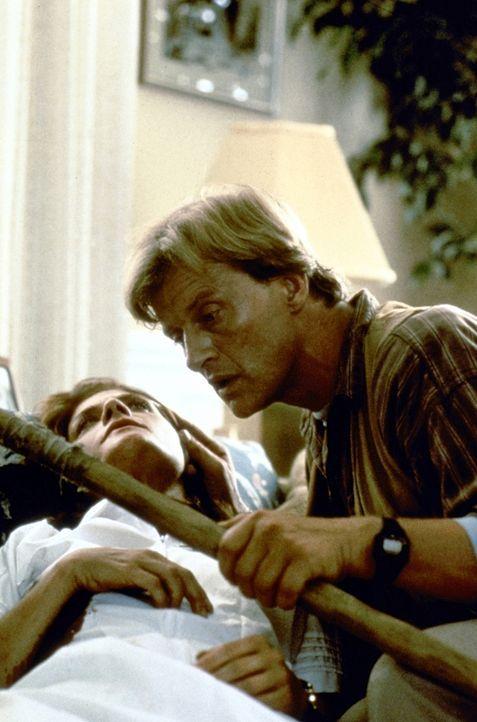 Obwohl Nick (Rutger Hauer, r.) Billys Entführung verhindern kann, gelingt es ihm nicht, die Ermordung dessen Mutter (Meg Foster, l.) zu vereiteln ... - Bildquelle: TriStar Pictures
