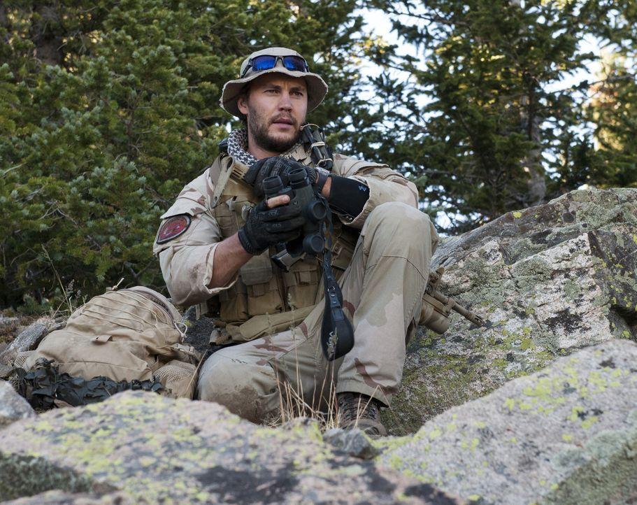 """Afghanistan am 28. Juni 2005: Einsatzleiter Lieutenant Michael Patrick """"Murph"""" Murphy (Taylor Kitsch) und seine kleine Truppe werden nachts im gebir... - Bildquelle: Greg Peters Universal Pictures"""