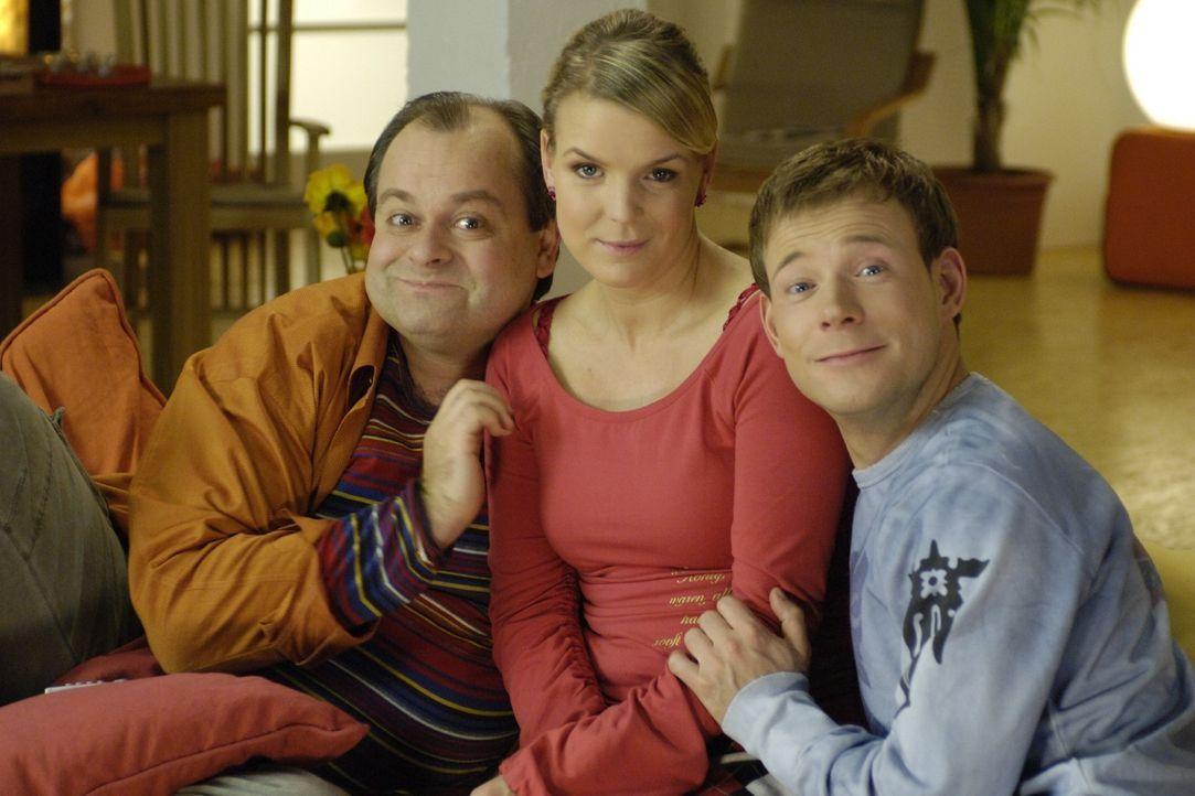 """(v.l.n.r.:) Markus Majowski, Mirja Boes und Mathias Schlung sind die """"Dreisten Drei"""", die in einer Comedy-WG zusammenleben ... - Bildquelle: Max Kohr Sat.1"""