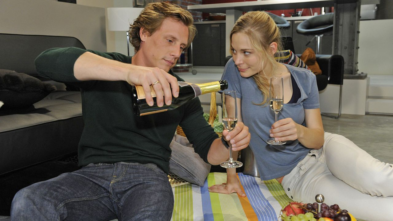 Anna-und-die-Liebe-Folge-771-04-Sat1-Claudius-Pflug - Bildquelle: SAT.1/Claudius Pflug