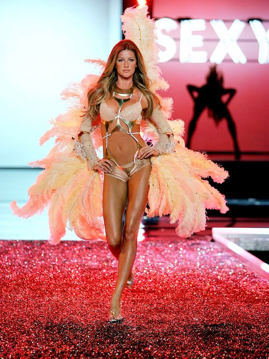 Gisele-Bundchen-victorias-secret-061116-2-getty-AFP - Bildquelle: getty-AFP