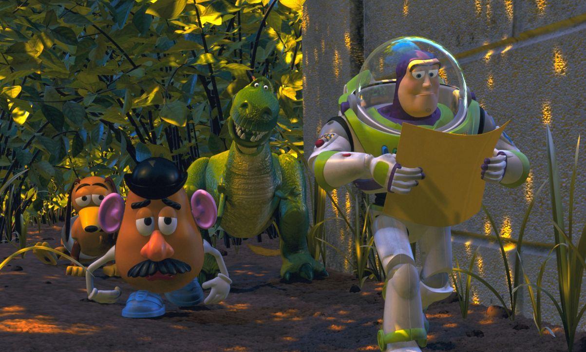 Cowboy Woody wurde entführt. Ein skrupelloser Spielzeughändler will ihn als Sammlerstück an ein japanisches Museum verkaufen. Da startet Buzz Lighty... - Bildquelle: Buena Vista International Television
