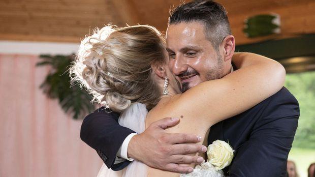 Hochzeit Auf Den Ersten Blick - Hochzeit Auf Den Ersten Blick - Staffel 6 Episode 6: Samantha Erlöst Serkan Mit Dem Jawort