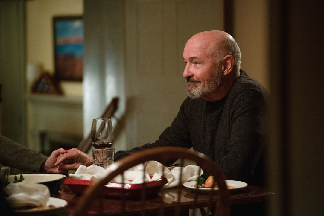 Byron LaCroix (Terry O'Quinn) - Bildquelle: Mark Schafer 2020 CBS Broadcasting Inc. All Rights Reserved. / Mark Schafer