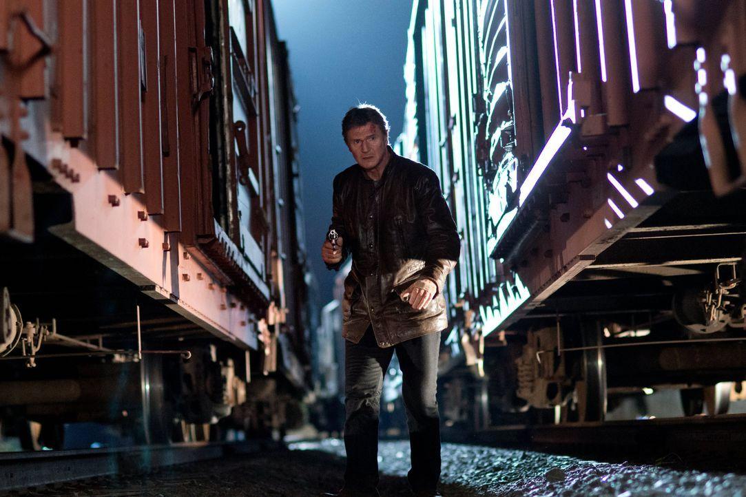 Der Beginn einer mörderischen Hetzjagd: Ex-Profikiller Jimmy Conlon (Liam Neeson) muss all seine Routine auspacken, wenn er sein eigenes und das Leb... - Bildquelle: 2013 Warner Bros.