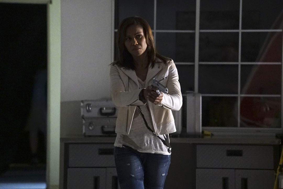 Die schlagfertige Expolizistin Hayley (Toks Olagundoye) trifft als Sicherheitsexpertin auf das Team von Castle und Beckett ... - Bildquelle: Richard Cartwright 2015 American Broadcasting Companies, Inc. All rights reserved.