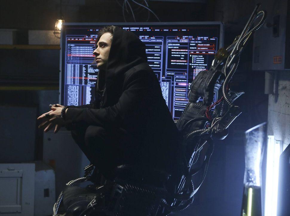 In seinem Reich fühlt sich Nico (Reece Thompson) sicher, aber die Polizei ist ihm auf den Fersen ... - Bildquelle: Warner Bros. Television