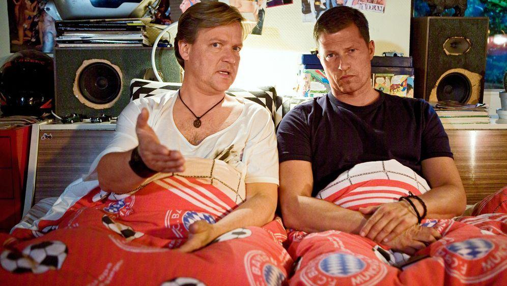 Männerherzen... und die ganz ganz große Liebe - Bildquelle: Conny Klein Warner Bros.