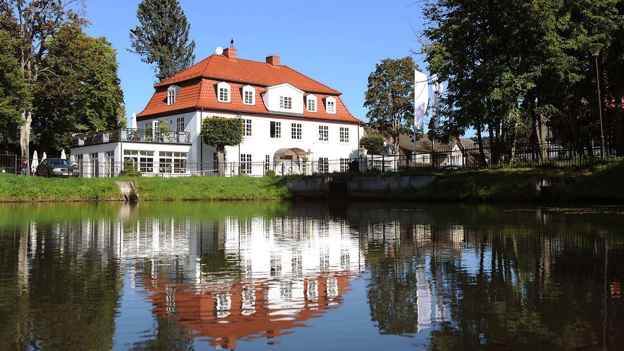 Luxushotel-Dwor-Oliwski-danzig-11-09-06-1-dpa - Bildquelle: dpa