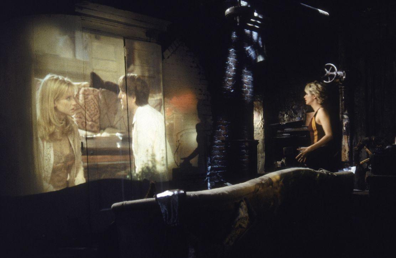 Maggie (Meg Ryan) versucht mit allen Mitteln, ihren Ex  zurückzugewinnen. Gemeinsam mit Sam schmiedet sie einen Racheplan, der es in sich hat ... - Bildquelle: Warner Brothers International