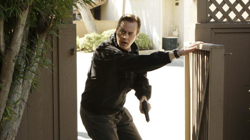 Was wird McGee (Sean Murray) beim Stürmen eines Hauses erwarten? - Bildquelle: CBS Television