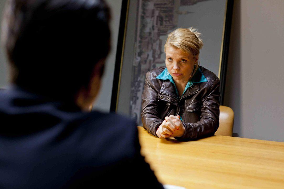 Neue spannende Fälle warten auf die besondere Rechtsanwältin Danni Lowinski (Annette Frier) ... - Bildquelle: SAT.1