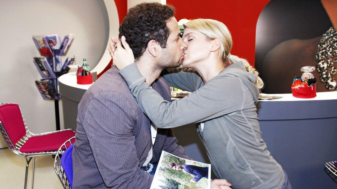 Anna-und-die-Liebe-Folge-47-08-sat-1-noreen-flynn - Bildquelle: SAT.1/Noreen Flynn