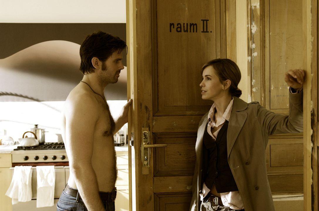 Dass Kozack (Steffen Groth, l.) eine perfekte Ergänzung zu ihr ist, will Mia (Mareike Fell, r.) nicht wahrhaben, da ihr der arrogante Kollege mit s... - Bildquelle: Gordon Mühle ProSieben