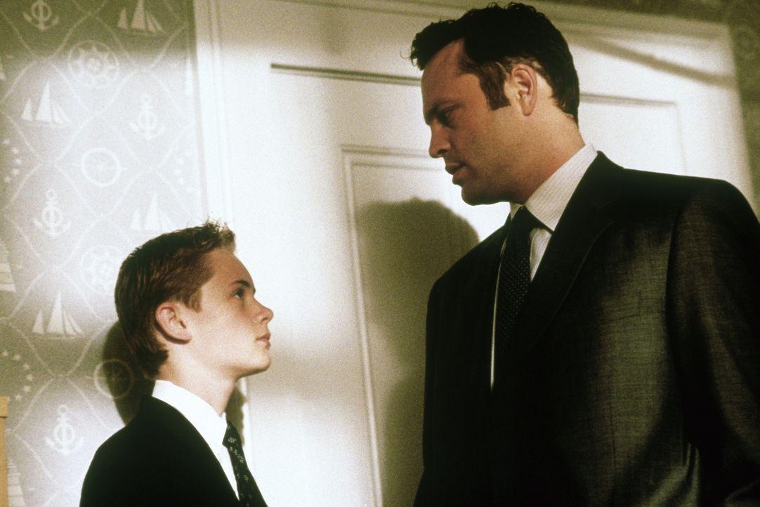 Seit der Scheidung seiner Eltern hat es Danny (Matthew O'Leary, l.) nicht gerade leicht, aber bisher hat er alles mit Gelassenheit auf sich zukommen... - Bildquelle: Paramount Pictures
