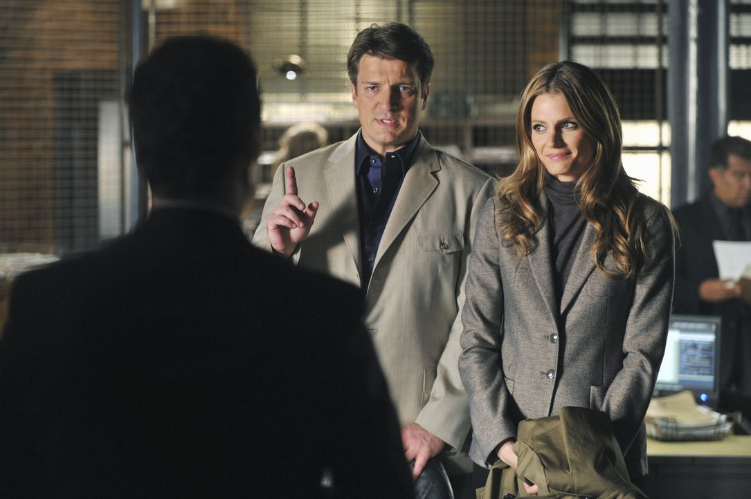 Der Mord an einem Regierungskritiker beschäftigt Castle (Nathan Fillion, M.) und Beckett (Stana Katic, r.). Bei den Ermittlungen stoßen sie auf Ja... - Bildquelle: ABC Studios