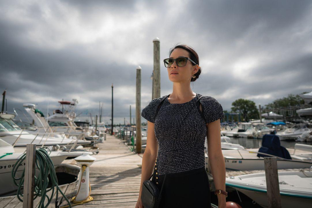 Watson (Lucy Liu) möchte Shinwell unbedingt mit einem Job zurück ins Leben helfen. Holmes ist von ihrer Idee jedoch nur wenig begeistert ... - Bildquelle: Michael Parmelee 2016 CBS Broadcasting, Inc. All Rights Reserved