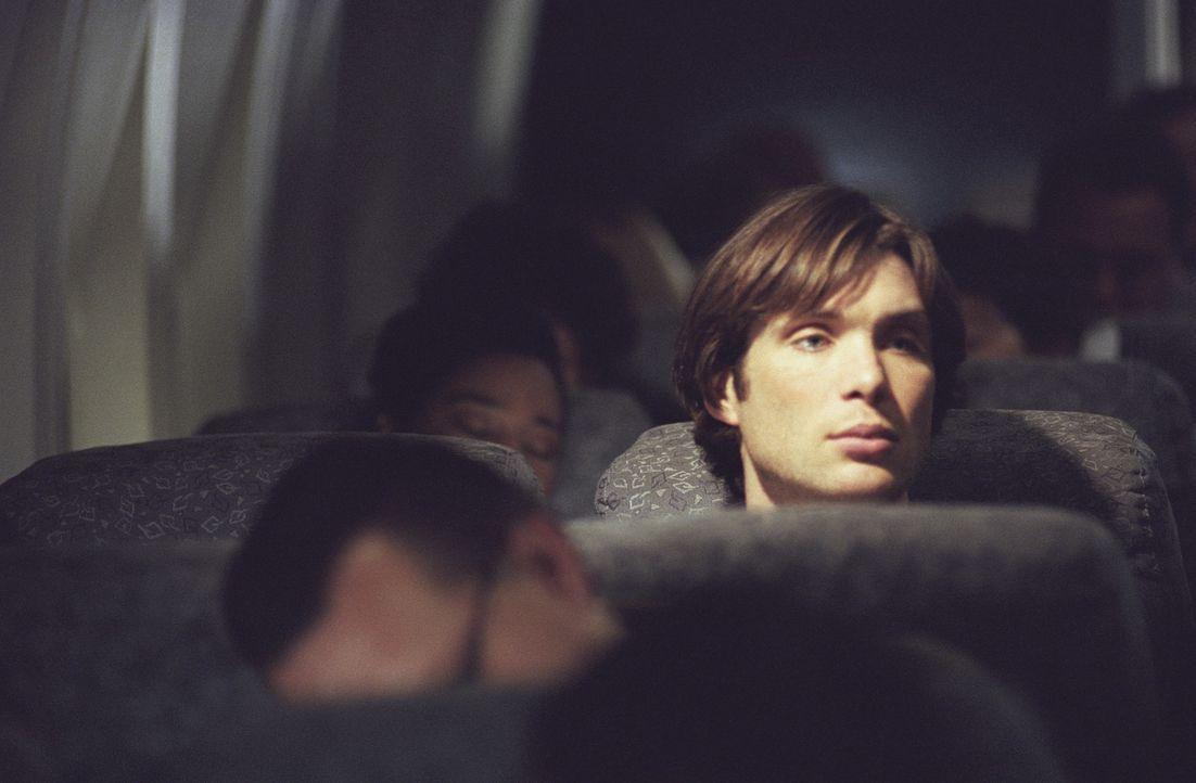 Erst spät erkennt Lisa, dass ihr Sitznachbar im Flugzeug, Jackson Rippner (Cillian Murphy), ein makaberes Spiel mit ihr treibt ... - Bildquelle: Telepool GmbH
