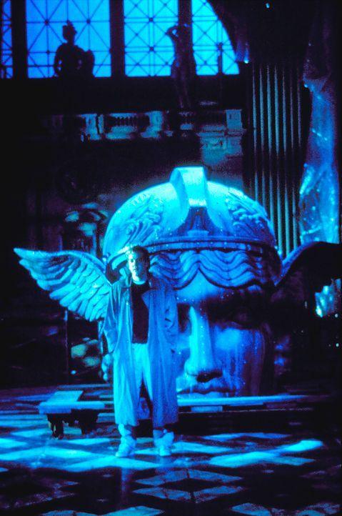 Der wissbegierige, ehrgeizige Medizinstudent Nelson Wright (Kiefer Sutherland) will dem Geheimnis des Todes auf die Spur kommen. Da riskiert er ein... - Bildquelle: Columbia Pictures