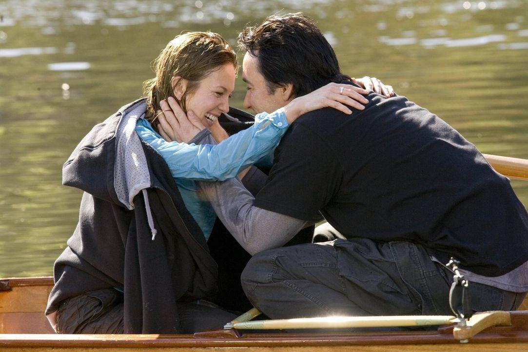 Ein Mann mit Herz ist er auf jeden Fall: Doch ist der romantische und leicht verrückte Jake (John Cusack, r.) auch für das ganz normale Alltagsleben... - Bildquelle: Warner Brothers