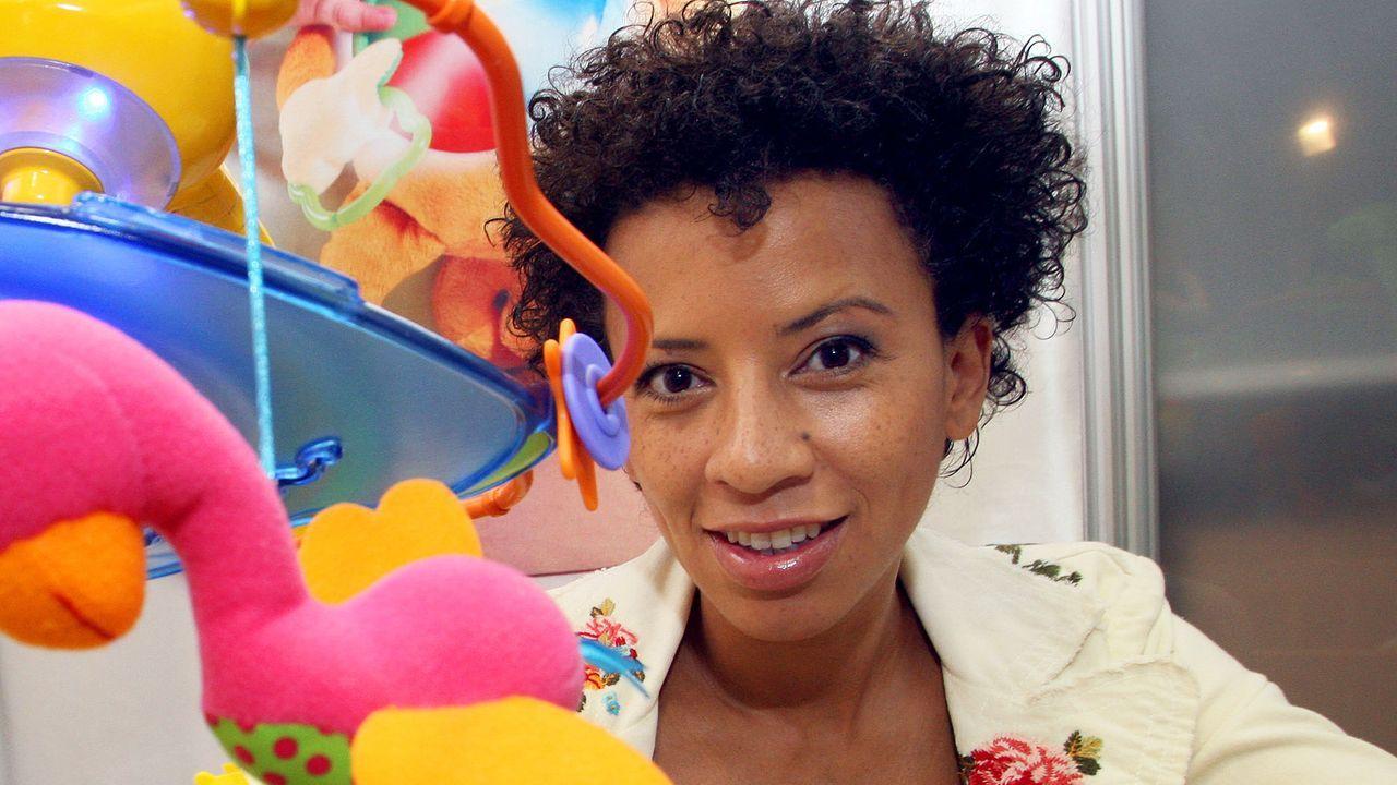 Arabella-Kiesbauer-08-02-06-dpa - Bildquelle: dpa